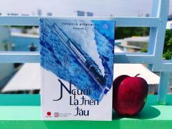 Review sách Người Lạ Trên Tàu - Patricia Highsmith