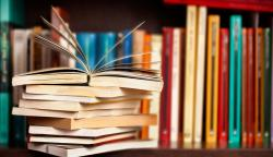 Sách là gì? Lợi ích, vai trò và những giá trị của sách trong cuộc sống?